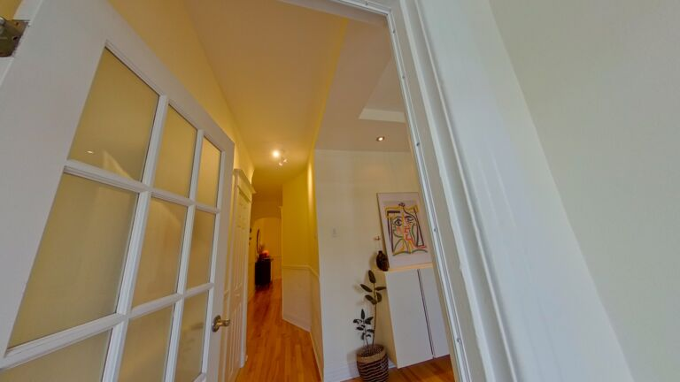 RE/MAX CRYSTAL Montréal in QC